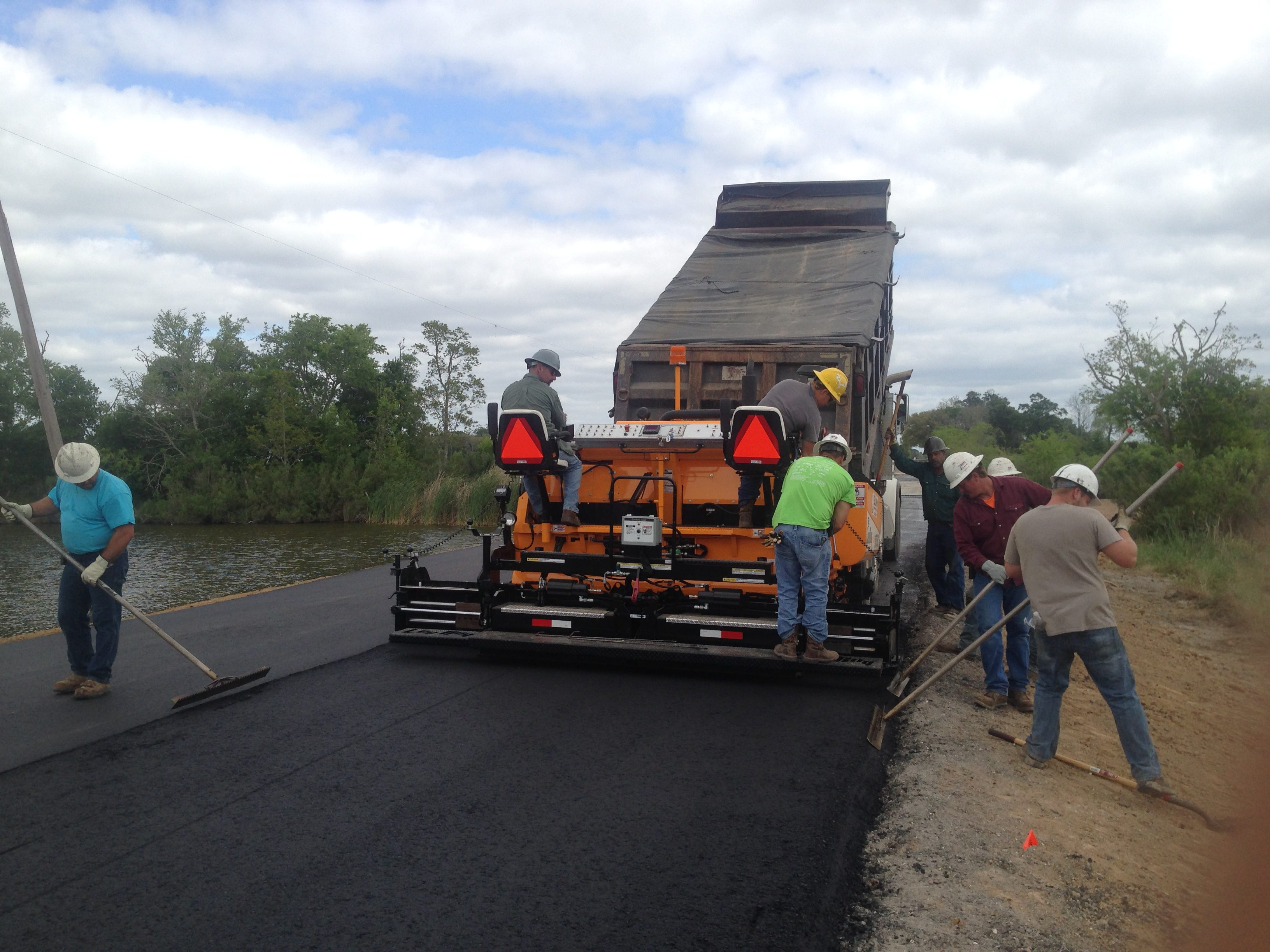 asphalt paving by guinn construction